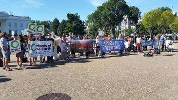 A group rallying at the White House to get President Obama to keep fossil fuels in the ground. 9.15