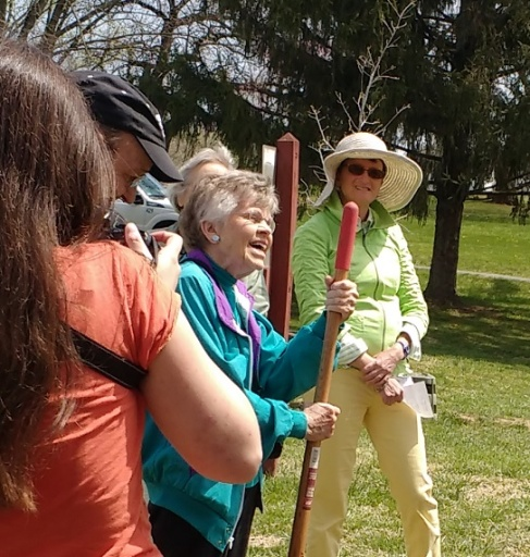 Anne offered some wise words before helping to plant the black gum tree.